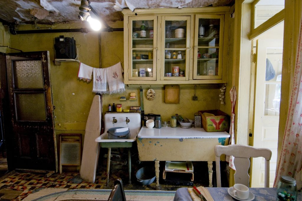 Jeden zo sprístupnených bytov v Tenement Museum